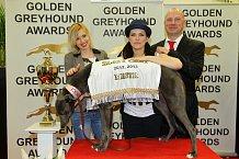 Jiřina Anna Jandová a Marta Jandová s jedním z psích vítězů