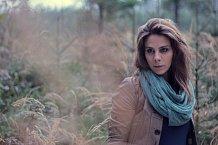 I když se Aneta Langerová tváří trochu melancholicky, její čtvrté album má název Na Radosti.