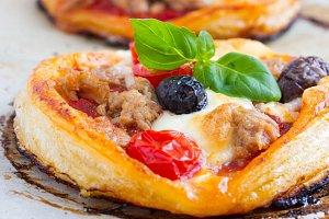 Minipizza s tunakem
