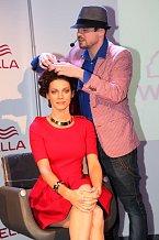 Andrea Verešová v péči profesionálního kadeřníka