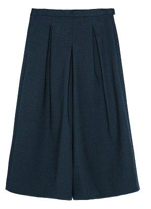 Kalhotová sukně, Zara, 999 Kč.