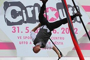 Cirk-UFF-2012-31-5-3-6-2012