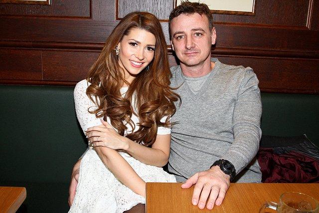 Tereza Kerndlova, partner Rene Mayer, prsten