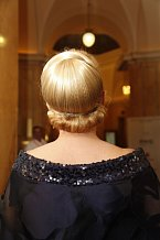 O vlasy se oblíbené herečce postarali v salónu Franck Provost v Grandhotelu Pupp.