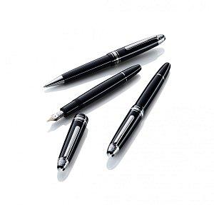 Montblanc_Signature_For_Good_Writing_Instruments_FamilyShot_2