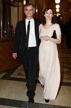 Ivan Trojan s manželkou Klárou patřili mezi nejlépe oblečené hvězdy večera.