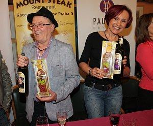 Petra Janů se stala patronkou červeného André, Petr Janda bílého Chardonnay