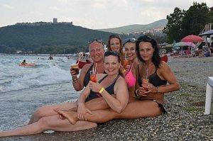 3.Drink na břehu moře DSC_9210 (800x530)