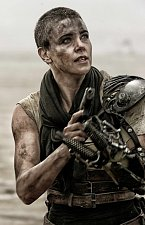 Charlize Theron v pokračování snímku Šílený Max.