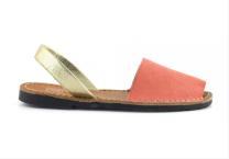 Sandálky Basic Minorca Style Red, cena 1369 Kč, k dostání na Urbanlux.cz.
