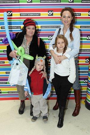Markéta Hrubešová se v obchodě potkala s herečkou Jitkou Smutnou a jejím vnoučkem.