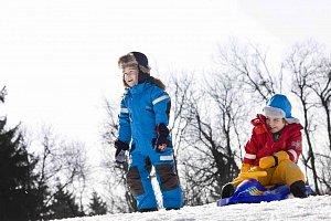 Na lyže s dětmi v naprosté pohodě. Nevěříte?