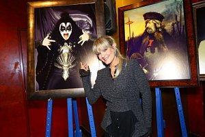 Poullain jako Gene Simmons ze skupiny Kiss na dražbě lákala nejvíce.