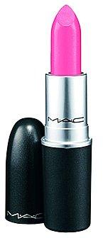 """""""Používám hydratační rtěnku ve světle růžovém nebo tělovém odstínu,"""" prozrazuje modelka. Rtěnka MAC, 499Kč"""