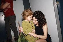Přítelkyně Ondřeje Soukupa Lucia Šoralová vzala na oslavu i dceru Rebeku.