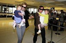 S manželem a dcerami