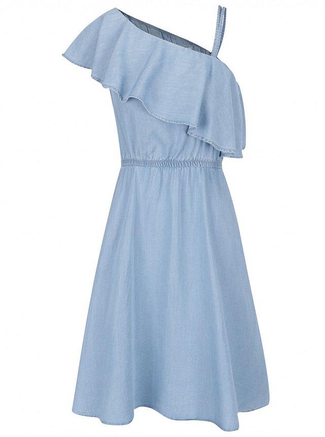 367840f56cd Riflové šaty pro letní dny. Modré džínové šaty s volánem Noisy May