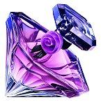 La Nuit Trésor je esencí damašské růže s ovocnými akordy a citrusovým motivem, Lancôme, EdP 50 ml 1890 Kč