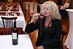 Světlana Nálepková si sklenku dobrého vína dá moc ráda.
