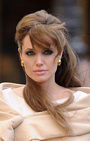 Angelina Jolie (Cizinec)