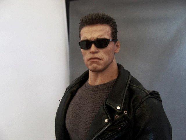 Raději Arnold terminátor Schwarzenneger...