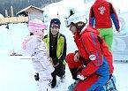 Petra Faltýnová s dcerou Adriankou v lyžařské školičce