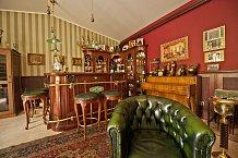 V domě je i speciální místnost – pánský doutníkový klub.