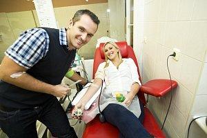 Zorka a Míra Hejdovi šli společně i na darování krve.