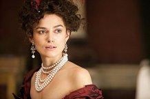 Keira Knightley ve snímku Anna Karenina.