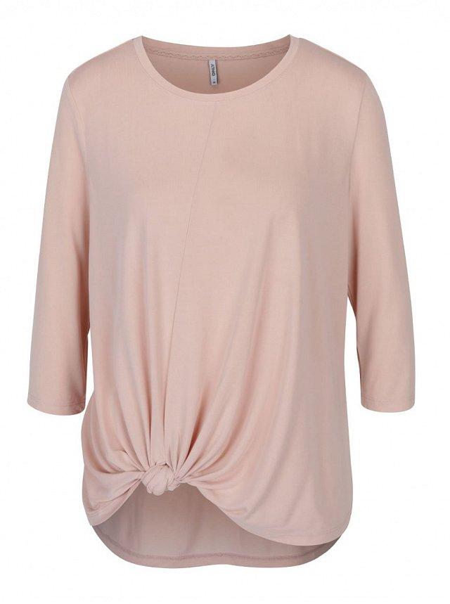 Růžové volné tričko, Only, ZOOT.cz, cena 799 Kč.