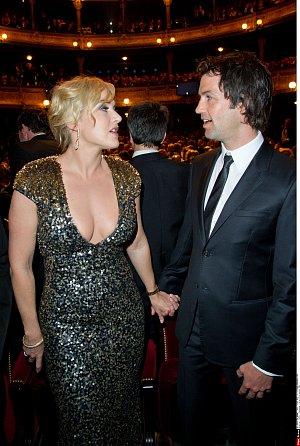 Kate a manžel Ned