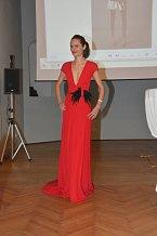 Divíte, se že módní redaktorka Erika Partyková se před lety věnovala modelingu?