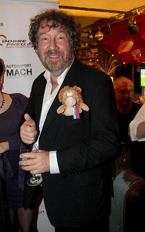 Zdeněk Troška se kritikům směje, důležitý je pro něj jen a pouze zájem diváků.
