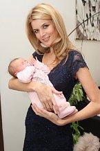 Lucie Vítová dorazila i s dcerou Anetkou, která se rychle stala miláčkem všech.