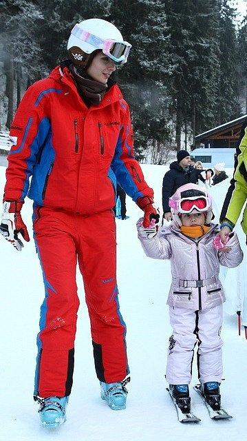 Petra Faltýnová ve Špindlu učila lyžovat dceru Adrianu