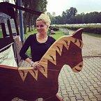Kateřina hladila jen koně, kteří vypadali bezpečně