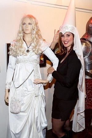 Jana Bernášková si v sitcomu Mazalové zahraje bílou paní.