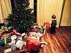 Kryšpín Agáty Hanychové se trochu ostýchal. To její sestra Kordulka už je vánoční mazák!