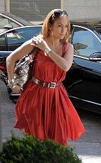 Na brýle D&G si potrpí i Jennifer Lopez