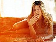 Průkopnicí kosmetického opalování v nástřikových kabinách byla Jennifer Aniston