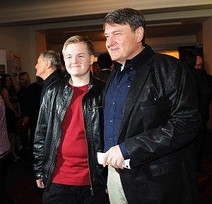 Syn Artur s otcem