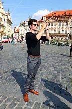 Modelovi ze stáje Dolce&Gabbana se v Praze líbí.