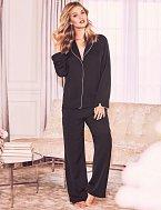 Černé pyžamo satén, Marks&Spencer, cena 1399 Kč.