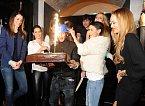 Druhé narozeniny klubu přišla oslavit celá řada známých tváří.