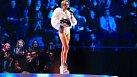 Takto si Miley chodí přebírat ceny