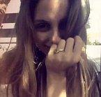Nevěsta se na Instagramu pochlubila i prstenem