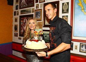 Ochotská oslavila svoje narozeniny v předstihu. Nechyběl ani její partner, tenista Lukáš Rosol.
