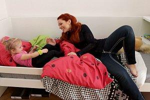 Malá Eliška se do bytu rychle zamilovala.