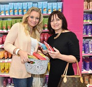 Lucie Borhyová s maminkou Alenou