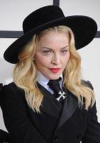 Madonna se doladila krempou na letošních cenách Grammy